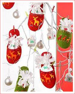 Adventskalender aus filz weihnachtsbasteln bastelideen for Kindergarten weihnachtsbasteln